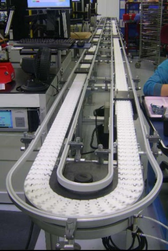 Puck conveyor system